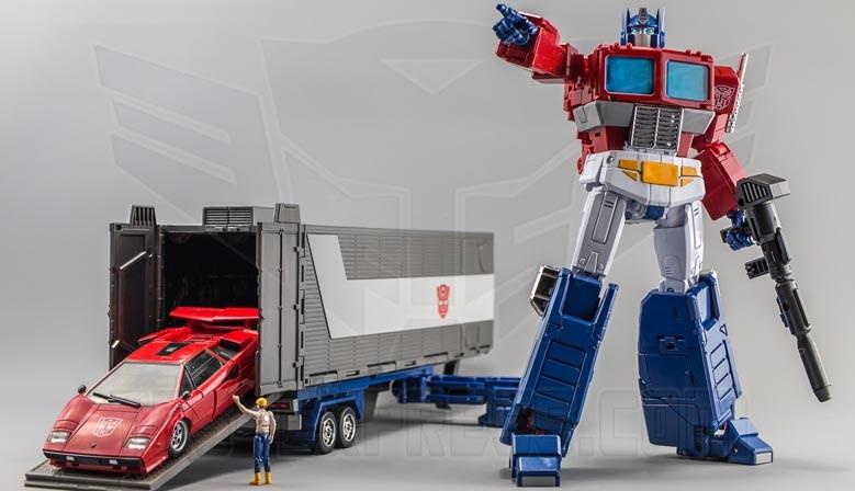 Transformers Masterpiece MP-44 Convoy Optimus Prime (Ver. 3)